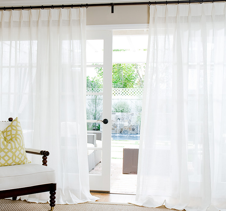 Ivory Sheer Linen with Parisian Pleat